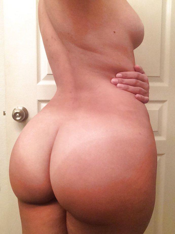 голые фото попки груди
